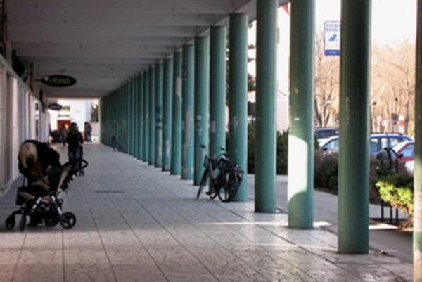 Kolonáda v Piešťanoch sa nachádza v pamiatkovej zóne kúpeľného mesta.