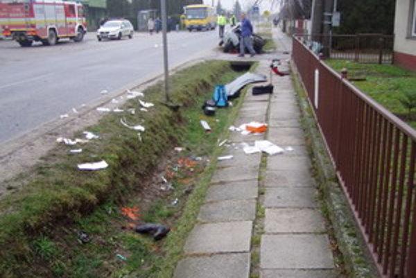 Miesto nehody v obci Dubovany.