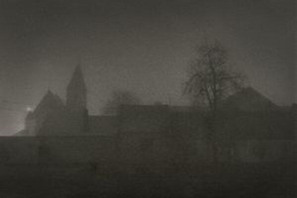 Už tretíkrát ocenený fotograf Matúš Plecho obľubuje fotenie v hmle.