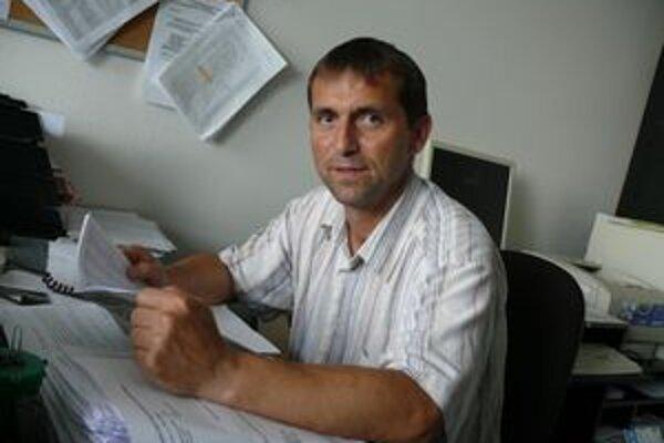Predseda Športovo-technickej komisie trnavského ObFZ Marián Hafrovič zmeny v štruktúre súťaží v najbližšej dobe nepredpokladá.