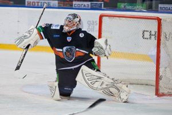Ján Laco pomohol tímu HC Lev v piatok k výhre nad Nižným Novgorodom. V stredu hrá Poprad s Dinamom Moskva.