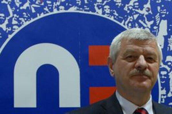 Tibor Mikuš zatiaľ nemá ptvrdených žiadnych rivalov do volieb v kraji.