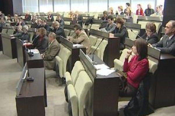Trnavskí poslanci zasadnú budúci utorok.