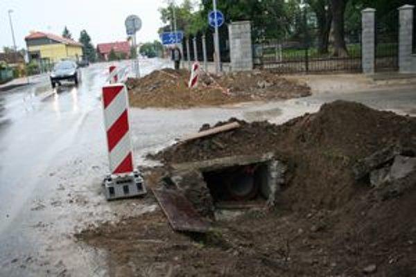 V jame vykopali robotníci kostru človeka.