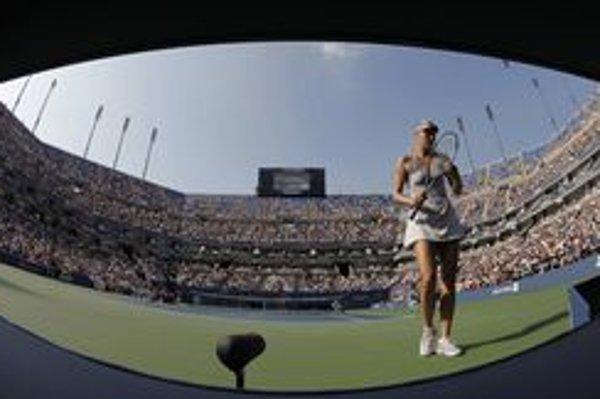 Šarapovová prvýkrát prehrala až v trinástom trojsetovom zápase v tejto sezóne.