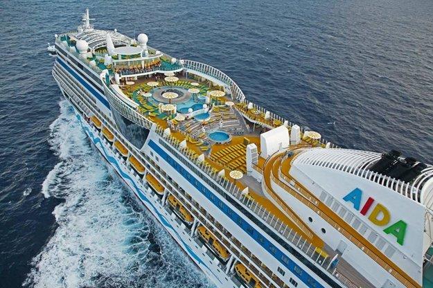Na tejto zaoceánskej lodi Ivana niekoľko mesiacov spievala.