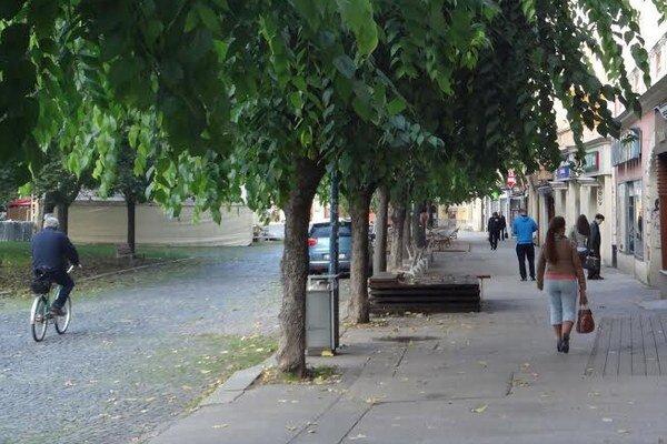Zberatelia na fiktívne centrá sa objavujú aj v centre mesta.