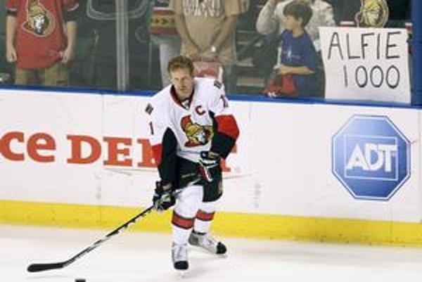Kapitán Ottawy Daniel Alfredsson.