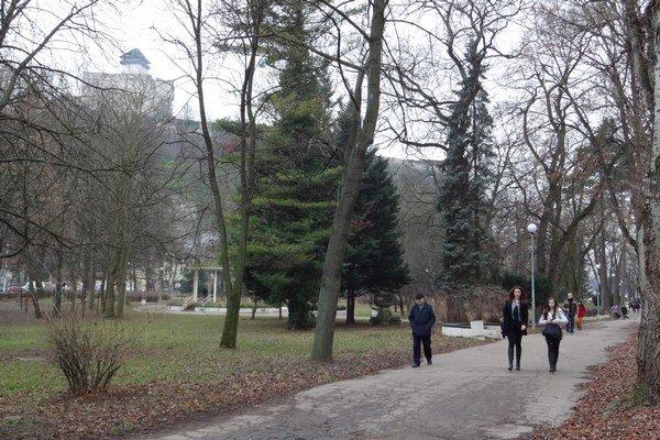Mestský park príde o časť svojej plochy.