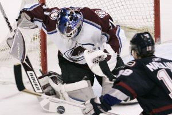 Peter Budaj možno vymení NHL za KHL.