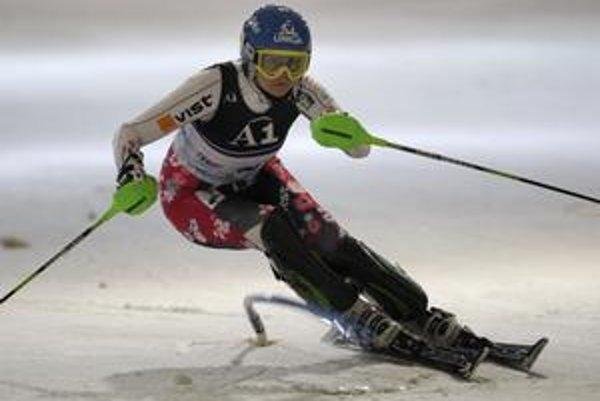 Veronika Zuzulová v slalome v Amnévillle.