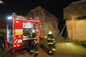 Šiestym vyhoretým objektom sa stala stará stodola.