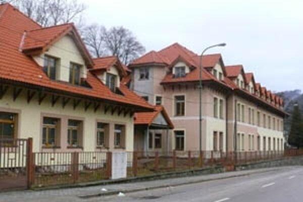 Ak by mesto budovu bezplatne získalo, chcelo by ju prestavať na byty.