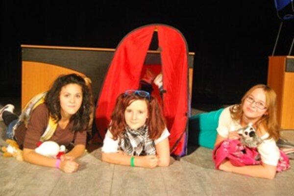 Mladí herci naštudovali štyri vlastné jednoaktovky