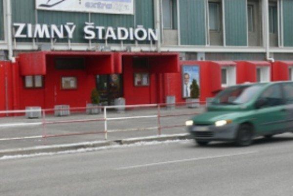 Mesto chce zimný štadión predať