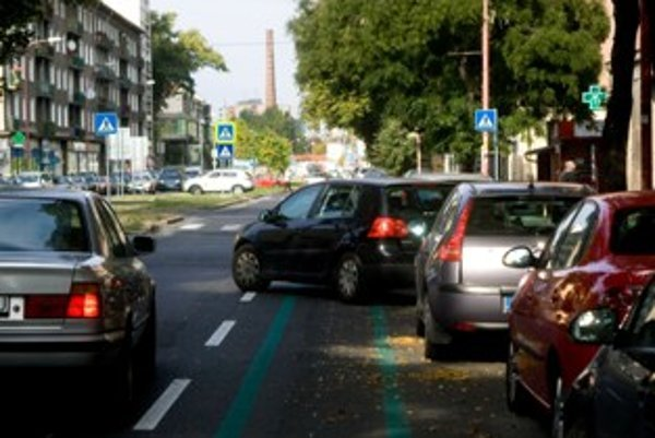 Zvýšenie sa najviac dotkne majiteľov automobilov so zdvihovým objemom motora od 1500 do 2000 kubických centimetrov