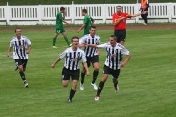 Pavol Straka sa tešil z jediného gólu v stretnutí Myjava - Petržalka.