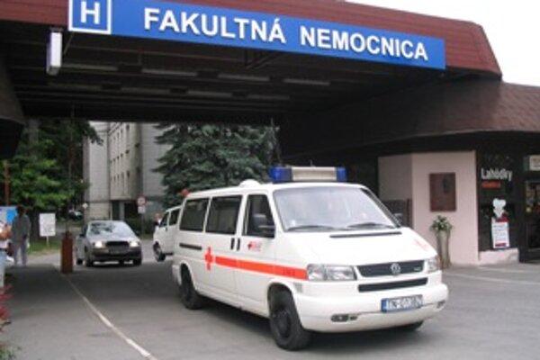 Rušenie lôžok sa týka aj trenčianskej nemocnice