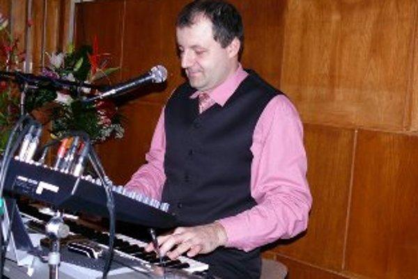 Jozef Opatovský si splnil svoj veľký sen, po 25 rokoch nahral svoje prvé CD