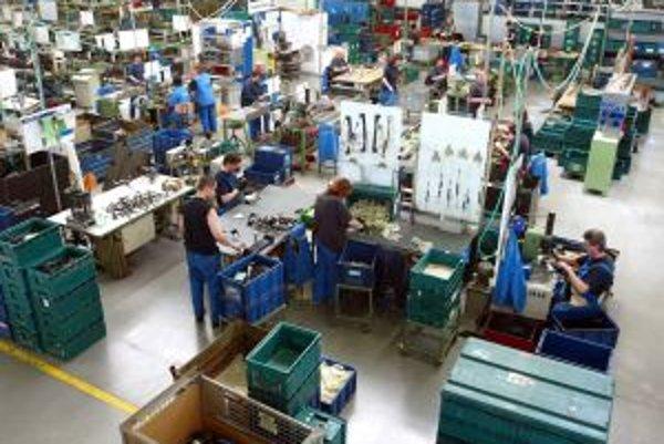 Spoločnosť AU Optronics potrebuje okolo tisíc pracovníkov na rôzne pozície