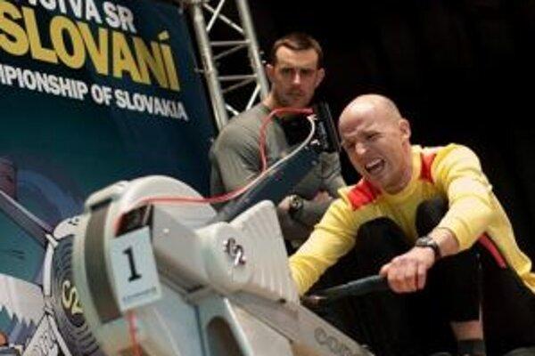 Juraj Oravec z Trenčína skončil na Medzinárodných majstrovstvách Slovenskej republiky v halovom veslovaní tretí.