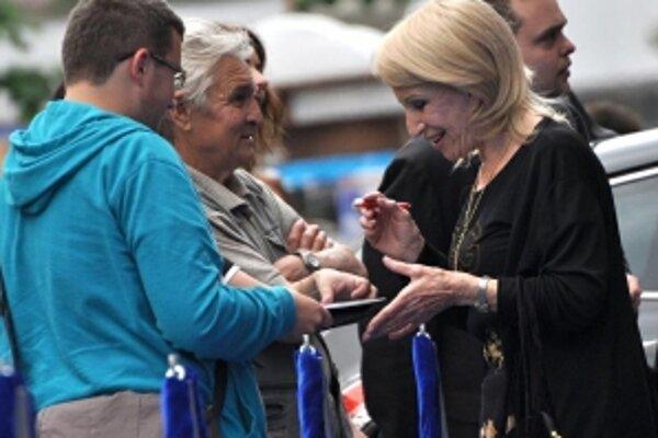 Lovcom autogramov na festivale sa vždy ochotne podpísala slovenská herečka Mária Kráľovičová.