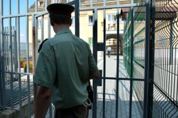 Bývalý šéf nebankových subjektov Horizont Slovakia a BMG Invest ostáva vo väzení.