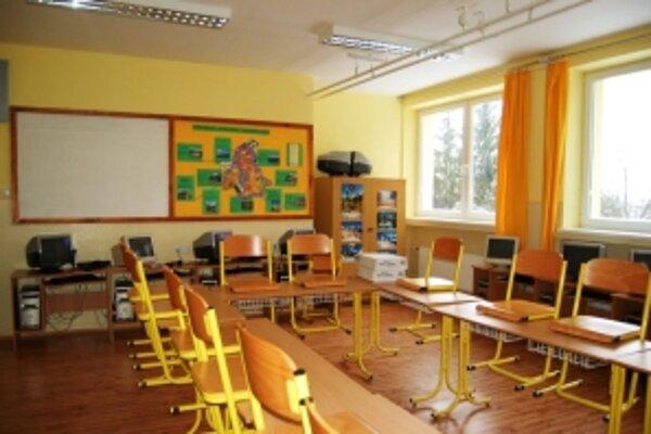 Vo vynovených priestoroch sa žiaci aj pedagógovia cítia lepšie.