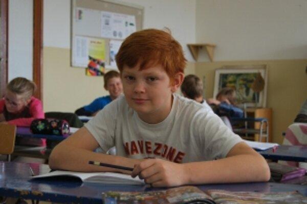 Piatak Adam Charles Pitlik vymenil školské lavice v Austrálii za slovenské