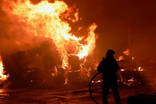 Majiteľom bola spôsobená celková škoda vo výške približne 15-tisíc eur.
