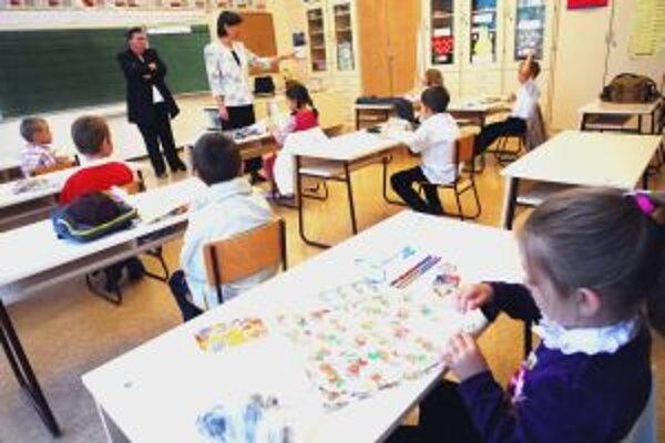 Problémovým deťom môžu pomôcť sociálni pracovníci.