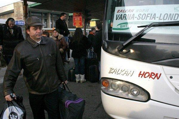 Bulhari naberajú smer Veľká Británia.