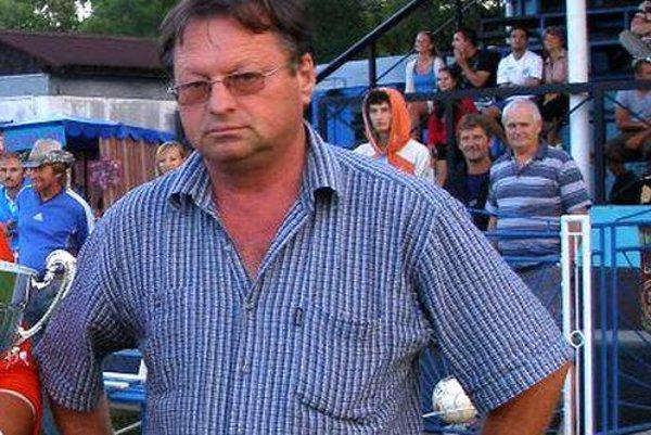Futbalový zanietenec Ján Hriň.