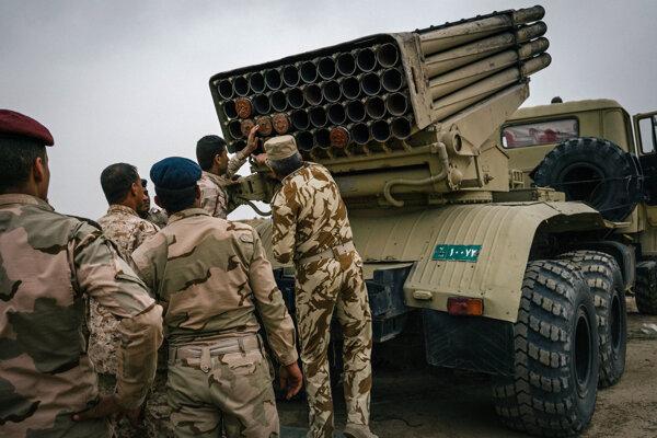 Iracká armáda v akcii pri Mosule.