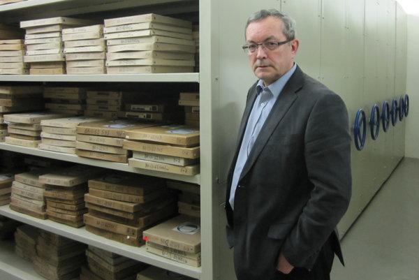 Archivár Milan Antonič pracuje v Slovenskej televízii už štyridsaťsedem rokov.
