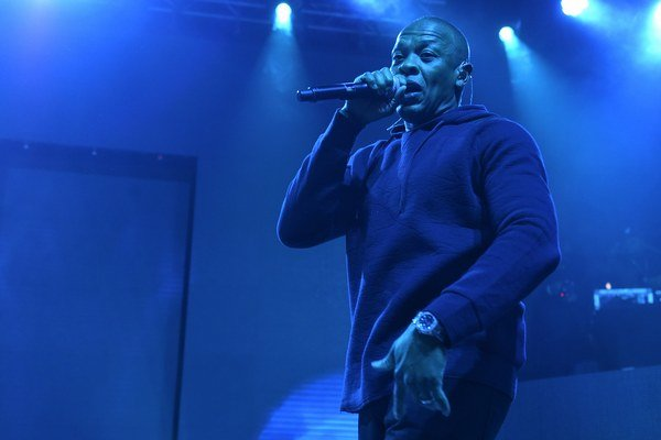 Dr. Dre nahral album Compton a polemiky sa môžu začať. Pretože to, čo je pre niekoho životný výkon, to je v jeho prípade priemer.
