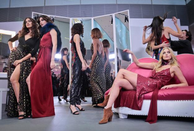 Modelky na prehliadke Diane von Furstenberg