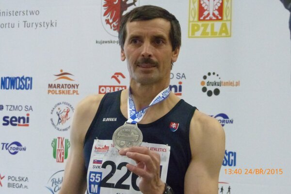 Peter Sládek má už z majstrovstiev celkovo 19 cenných kovv.