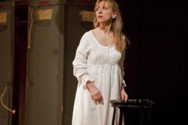Natalie Dessay ako Violetta v opere La traviata.
