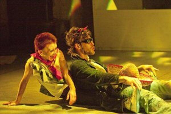 Inscenácia MANSON vznikla v spolupráci súborov DOT504 a Teatr Novogo Fronta