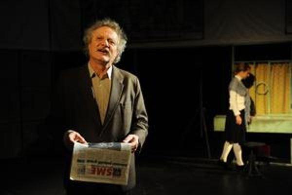 Marián Geišberg v úlohe Starca v hre Stalin v Žiline.