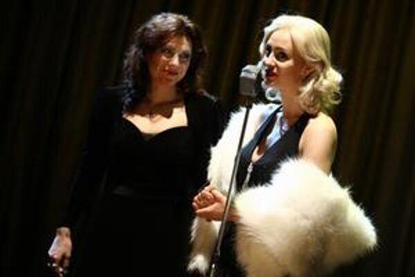 Edith a Marlene, čiže Kristína Turjanová a Karin Olasová.