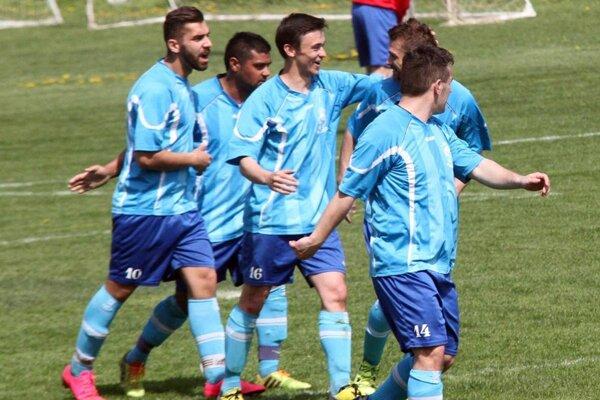 Vlčany sa tešili z dvoch gólov v priebehu šiestich minút, ten druhý dosiahli z jedenástky.