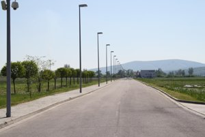 V priemyslenom parku vybudujú novú cestu.