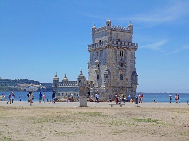 Torre de Belém bola v 15. storočí vstupnou bránou do mesta.