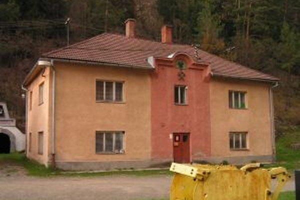 Budova správy banského závodu Schöpfer slúžila svojmu účelu viac ako dve storočia.