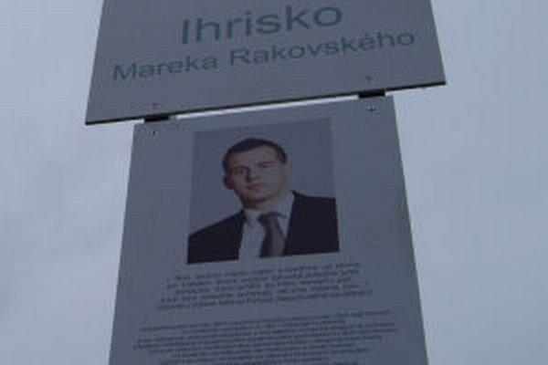 Ihrisko pomenovali po zavraždenom žiarskom poslancovi.