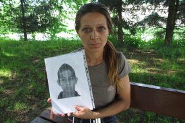 Anna Rafaelová chce vedieť, čo sa stalo s jej synom.