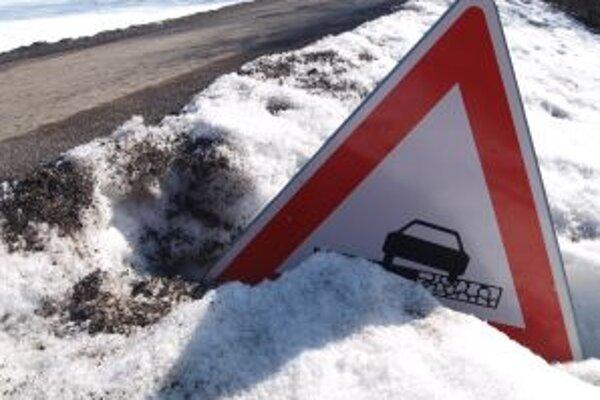 Tipy na výtlky, rozbité cesty a chodníky môžu Žiarčania posielať mestu.