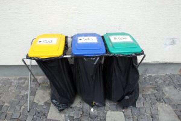 Mesto chce za kompostovanie a separovanie odmeňovať výhodami.